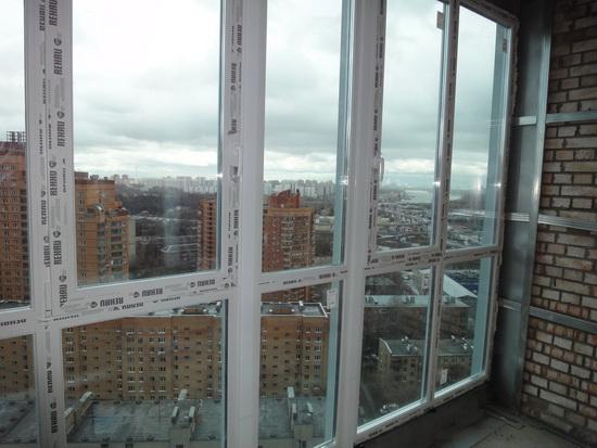 Остекление балкона до пола