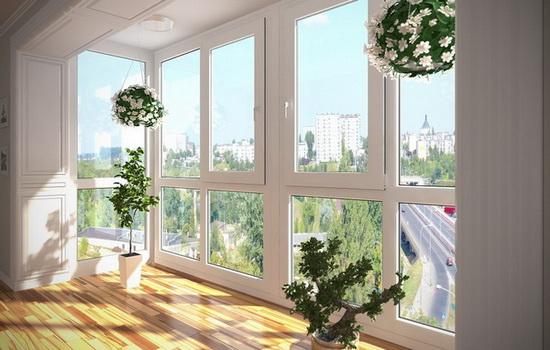 Варианты остекления балкона. Какой лучше выбрать?