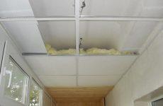 Варианты утепления потолка балкона